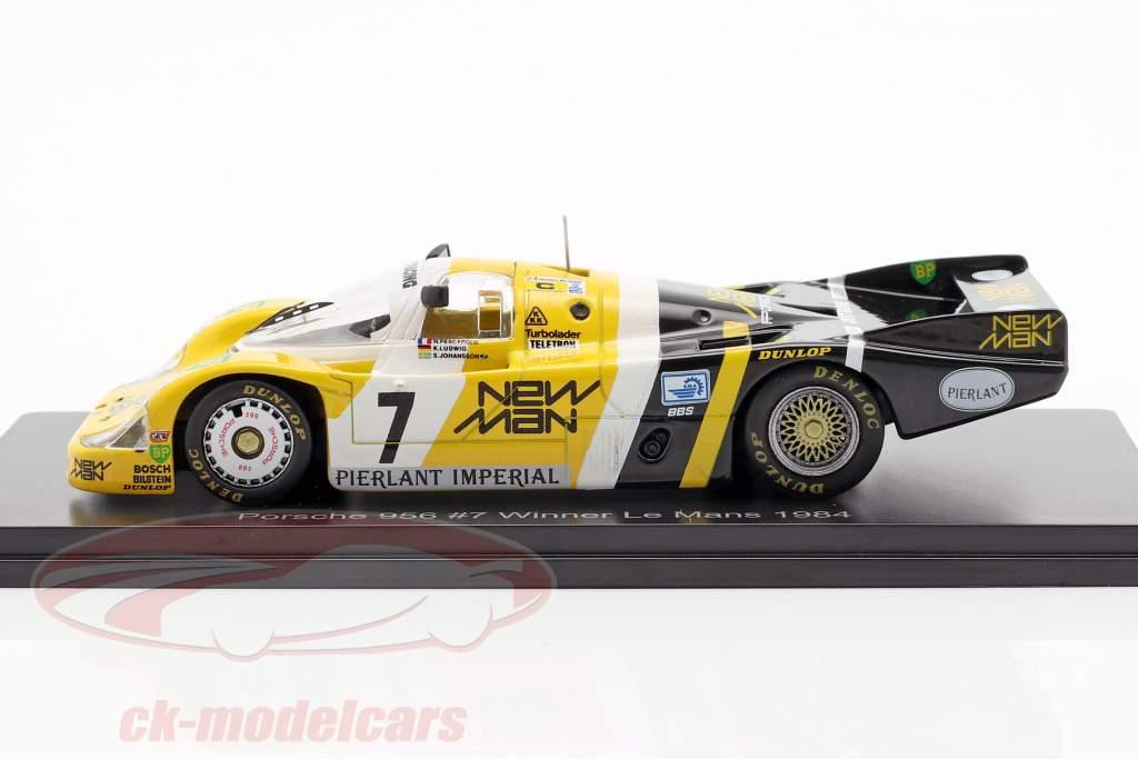 Porsche 956B #7 Vinder 24h LeMans 1984 Pescarolo, Ludwig 1:43 Spark