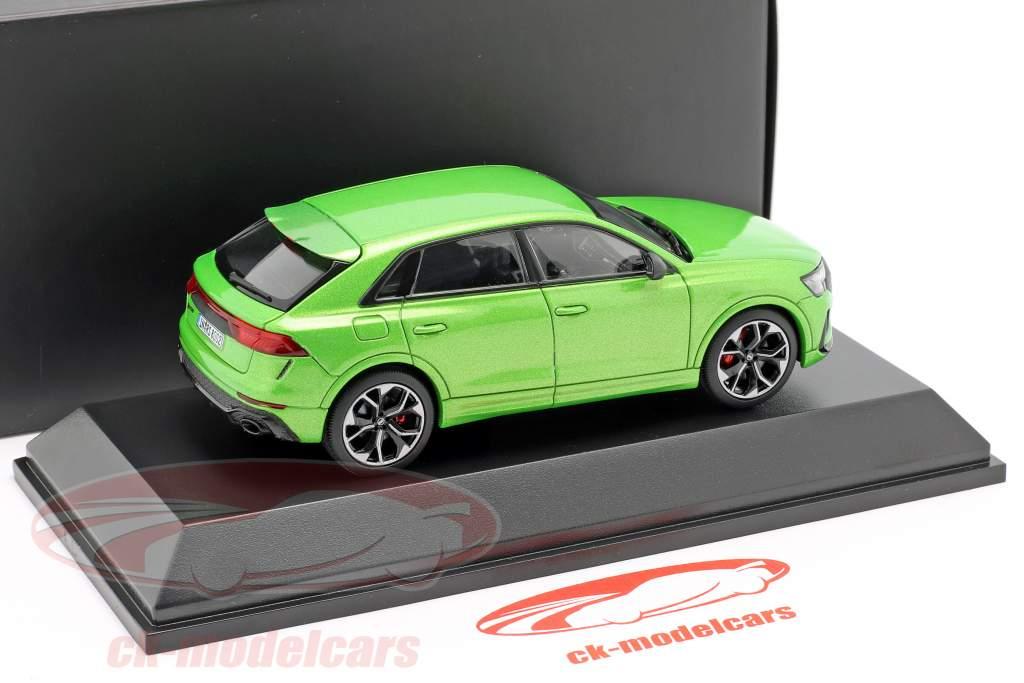 Audi RS Q8 ano de construção 2020 java verde 1:43 Jaditoys