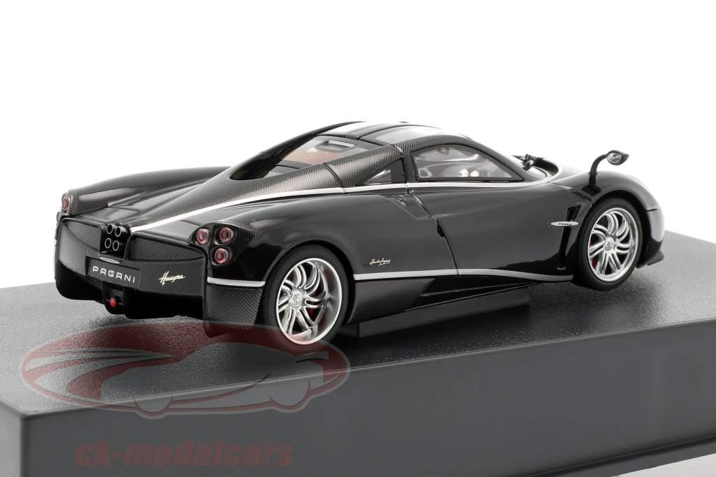 Pagani Huayra ano 2011 preto / prata 1:43 AUTOart