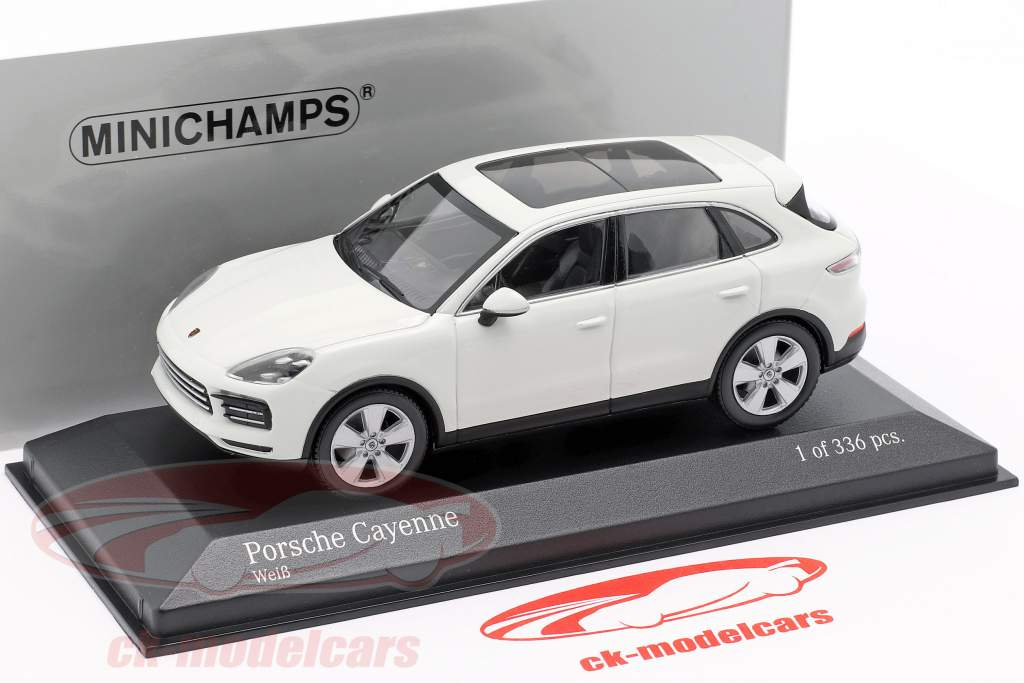 Porsche Cayenne Bouwjaar 2017 wit 1:43 Minichamps