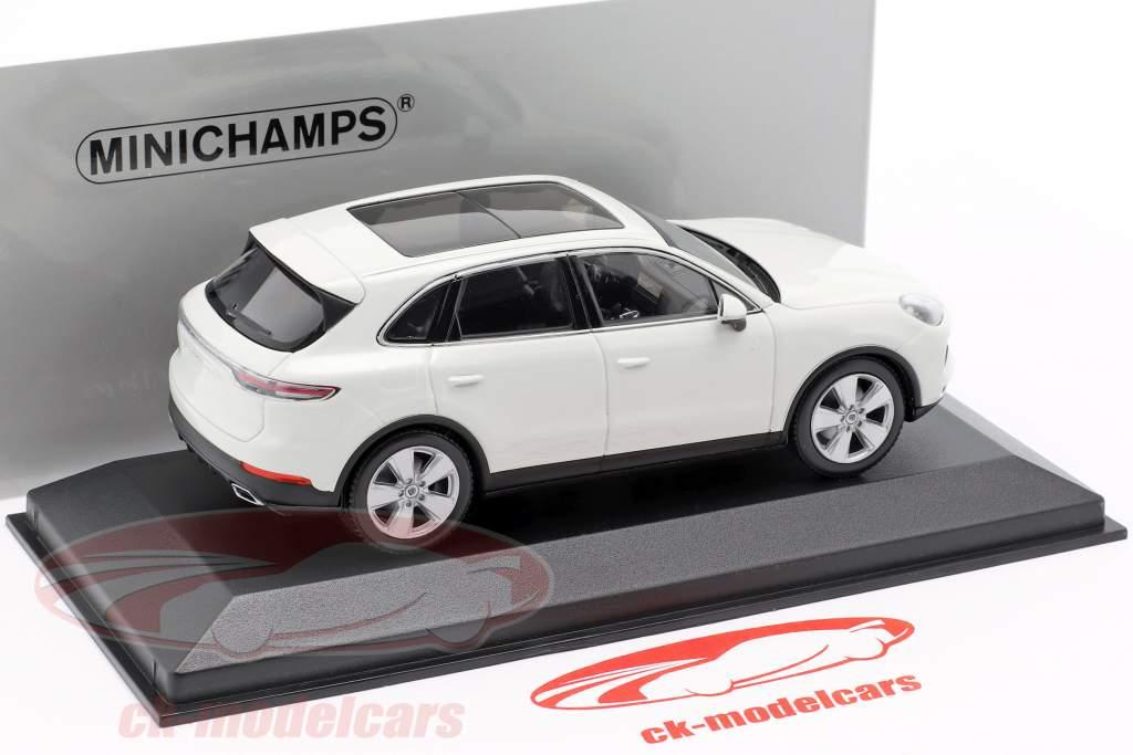 Porsche Cayenne ano de construção 2017 branco 1:43 Minichamps
