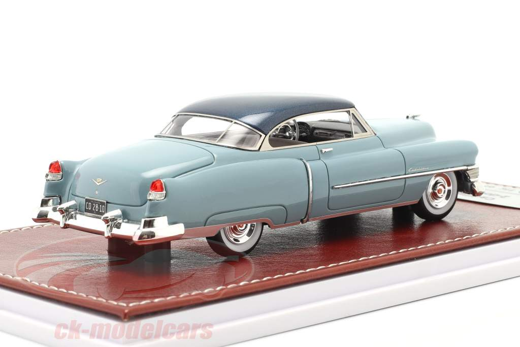 Cadillac Series 62 Convertible 1951 ouro metálico / bege 1:43 Great Iconic Models
