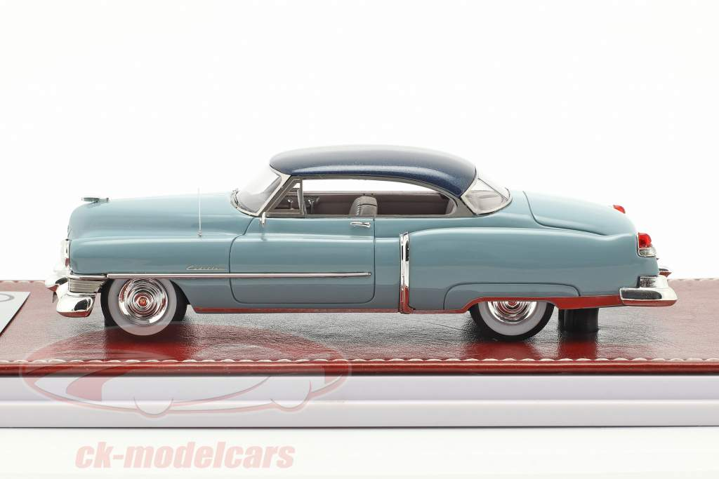 Cadillac Series 62 Convertible 1951 oro metallico / beige 1:43 Great Iconic Models
