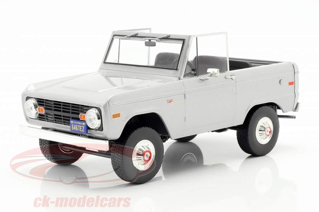 Ford Bronco Bouwjaar 1970 film Speed (1994) licht grijs 1:18 Greenlight