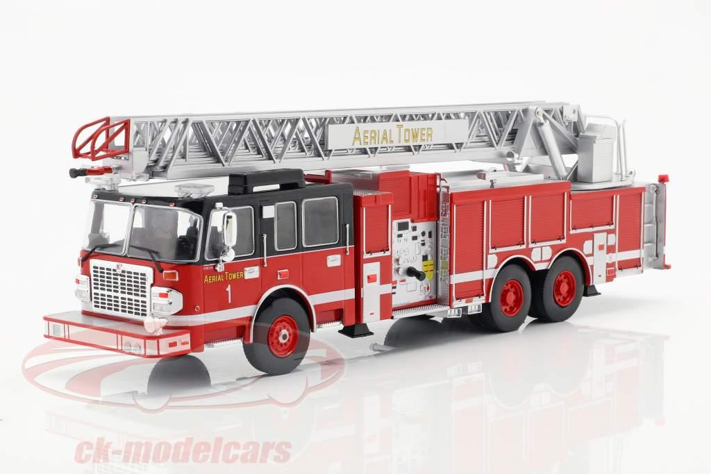 Smeal 105 Aerial Ladder pompiers année de construction 2015 rouge / noir 1:43 Ixo