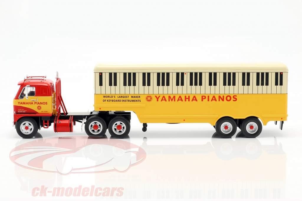 International Harvester DCOF-405 Yamaha Pianos anno di costruzione 1959 rosso / giallo 1:43 Ixo