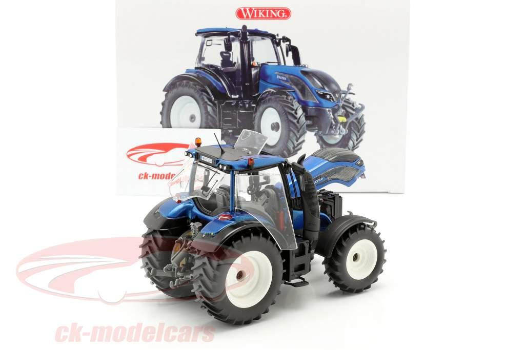 Valtra T214 trator azul metálico / preto 1:32 Wiking
