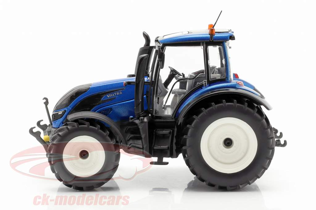 Valtra T214 tractor blue metallic / black 1:32 Wiking