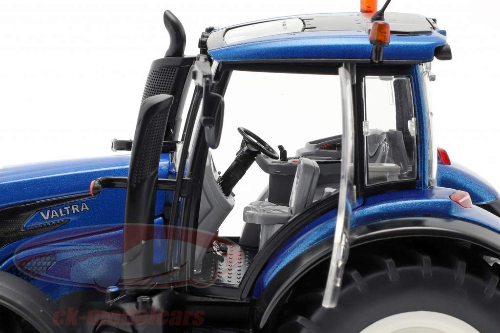 Wiking 1:32 Valtra T214 077814
