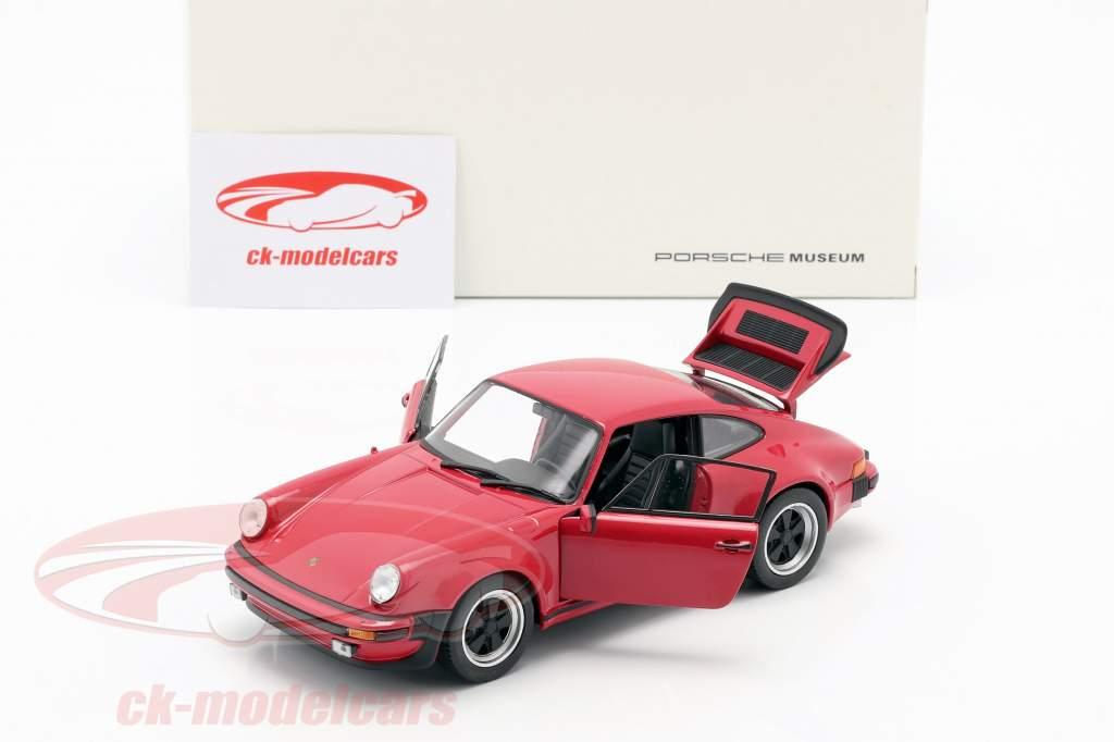 Porsche 911 (930) Turbo Anno 1975 rosso 1:24 Welly