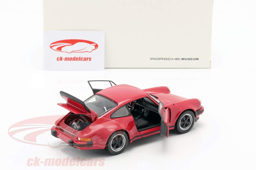Porsche 911 (930) Turbo Année 1975 rouge 1:24 Welly