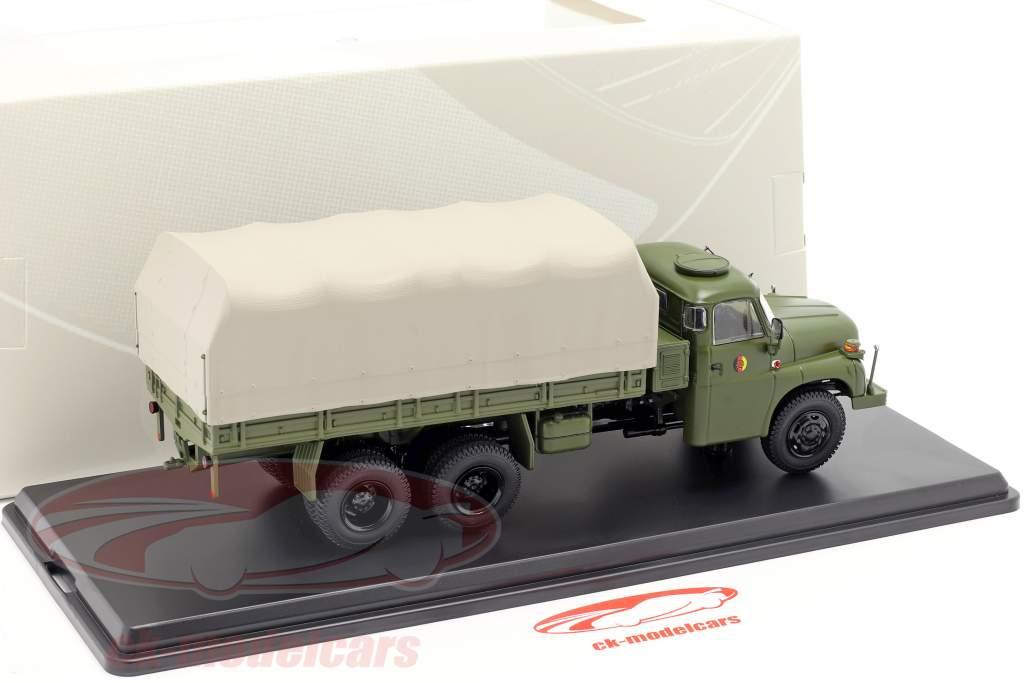 Tatra T148 camion piattaforma con telone oliva verde 1:43 Premium ClassiXXs