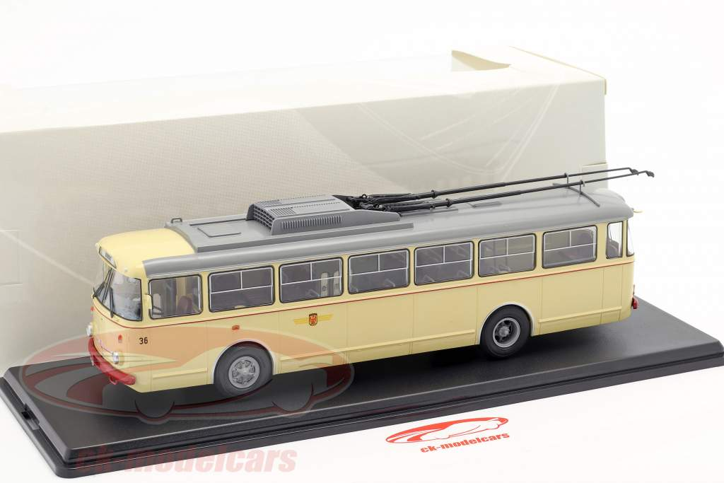 Skoda-9TR O-Bus Potsdam beige 1:43 Premium ClassiXXs