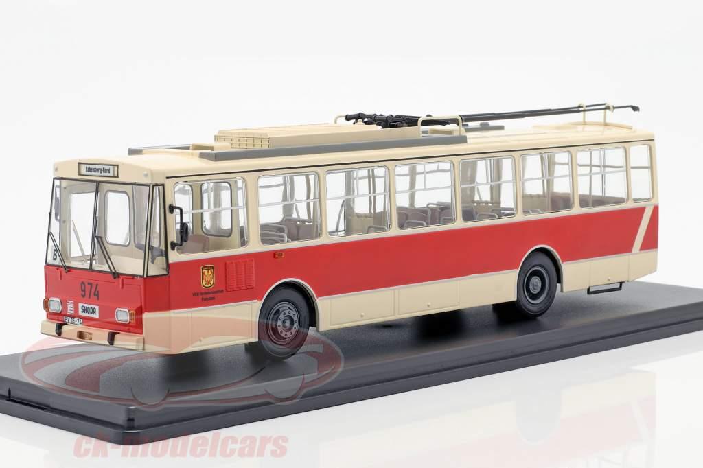 Skoda-14TR O-Bus Potsdam bege / vermelho 1:43 Premium ClassiXXS