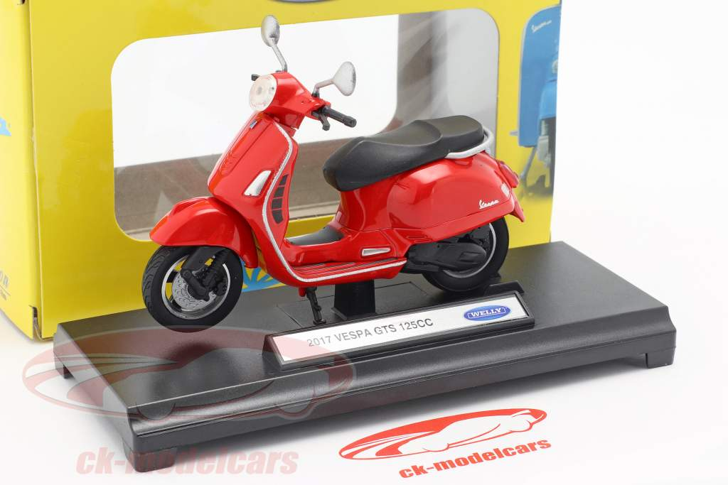 Vespa GTS 125CC year 2017 red 1:18 Welly