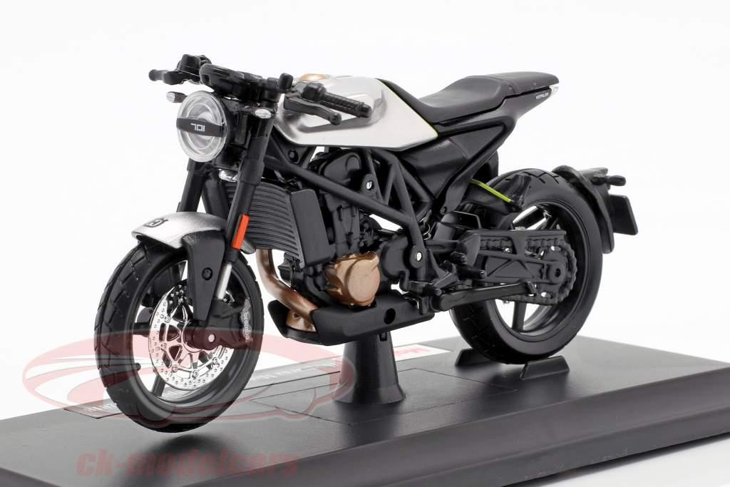 Husqvarna Motorcycles Vitpilen 701 Baujahr 2018 schwarz / silber 1:18 Maisto