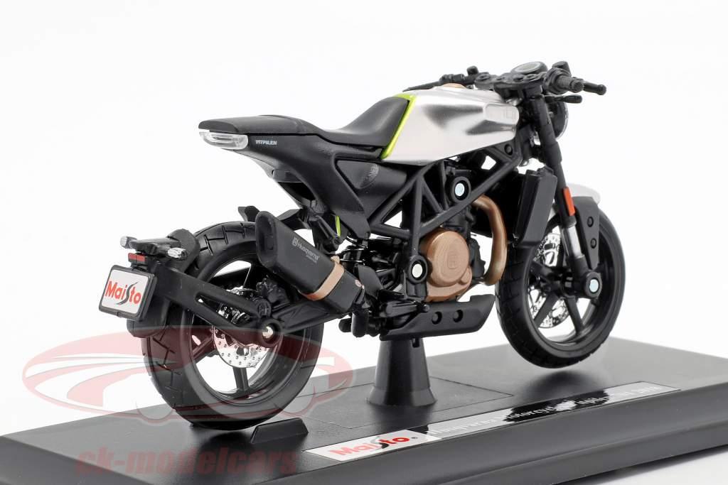Husqvarna Motorcycles Vitpilen 701 ano de construção 2018 preto / prata 1:18 Maisto