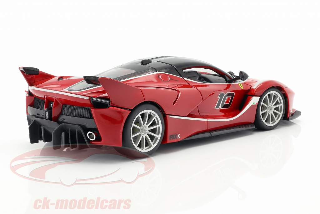 Ferrari FXX-K #10 rojo / negro 1:18 Bburago