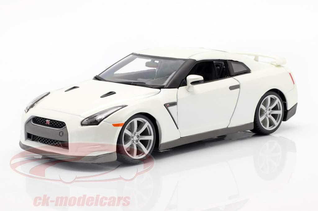 Nissan GT-R Année 2009 blanc 1:18 Bburago
