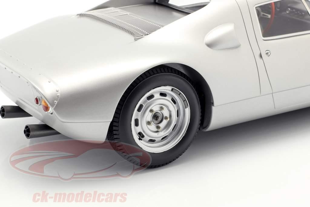 Porsche 904 GTS anno di costruzione 1964 silber 1:12 Spark / 2. elezione