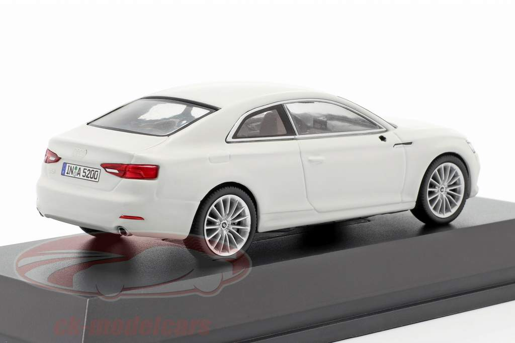 Audi A5 Coupe gletscher weiß 1:43 Spark
