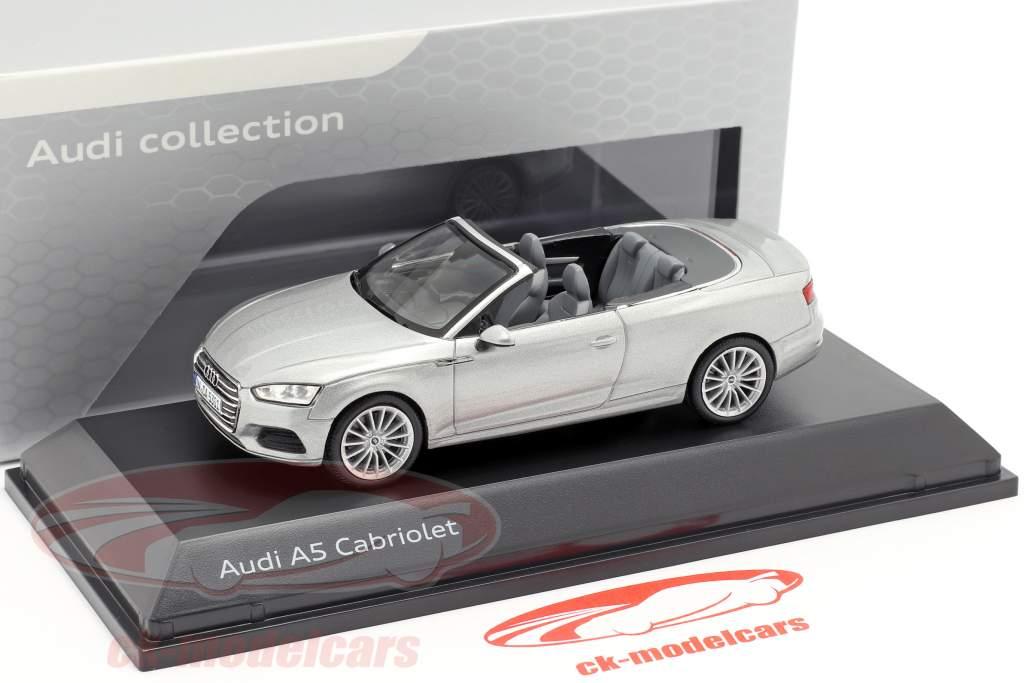Audi A5 Cabriolet Baujahr 2017 florettsilber 1:43 Spark