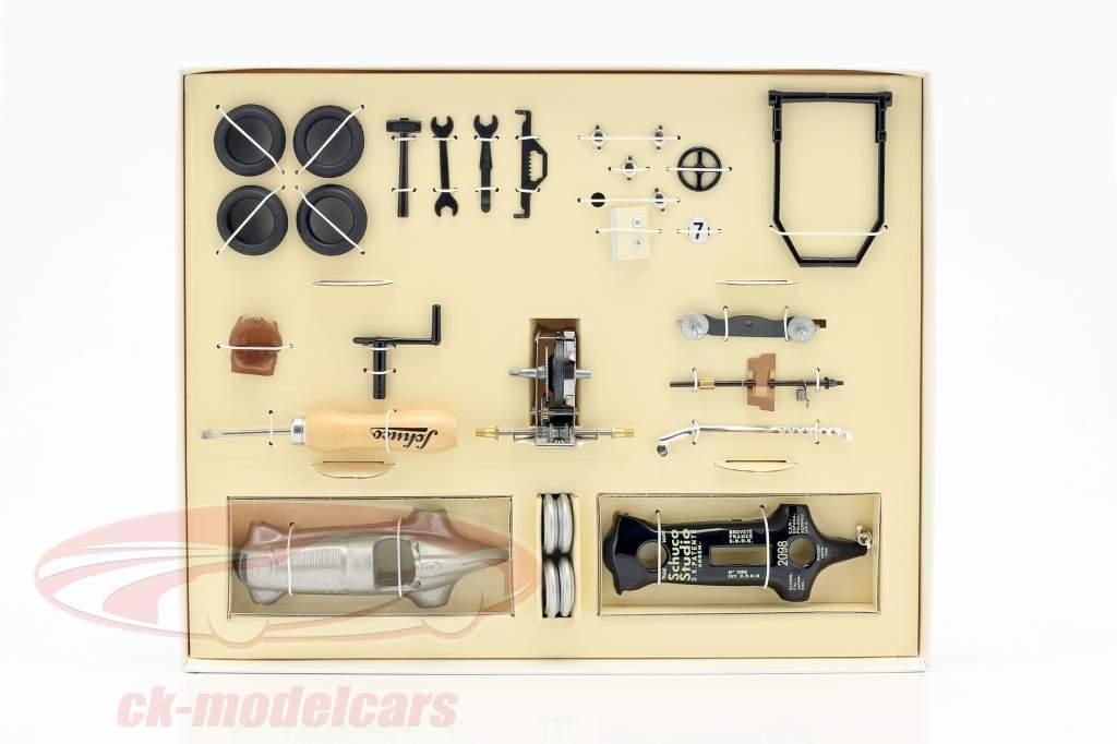 Studio I Grand Prix Mercedes-Benz silver arrow #7 Construction kit Schuco