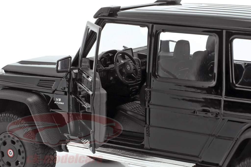 Mercedes-Benz G 63 AMG 6x6 año 2015 negro 1:24 Welly