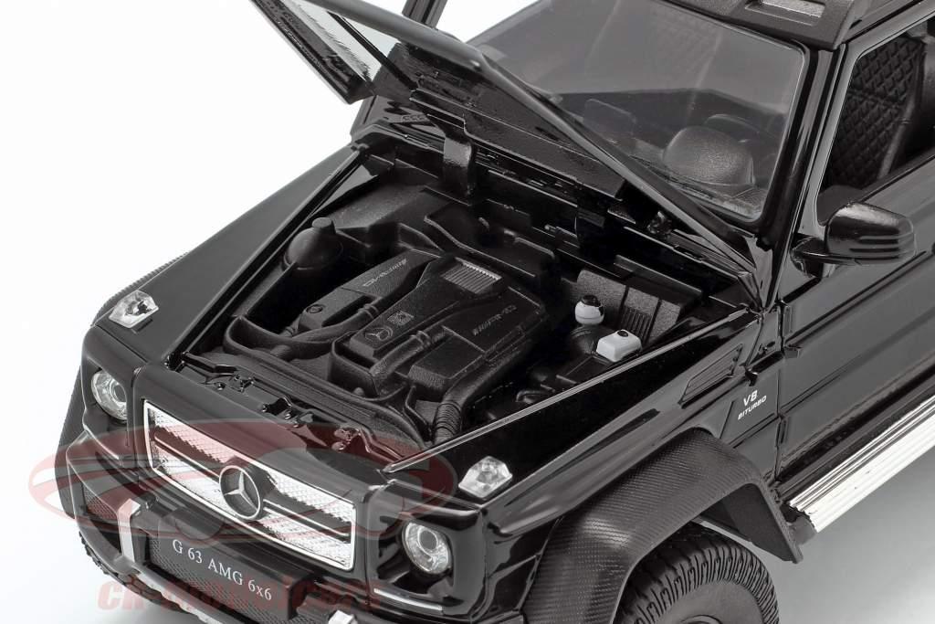 Mercedes-Benz G 63 AMG 6x6 jaar 2015 zwart 1:24 Welly