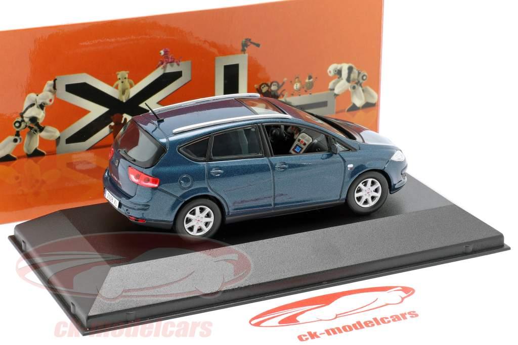 Seat Altea XL donkerblauw metalen 1:43 Seat