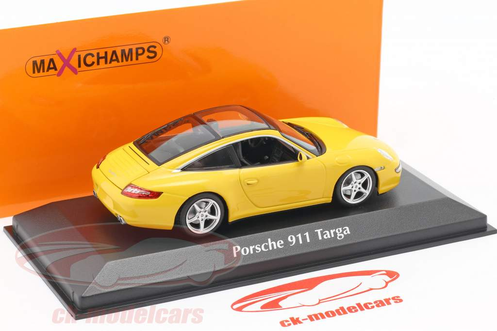 Porsche 911 (997) Targa year 2006 yellow 1:43 Minichamps