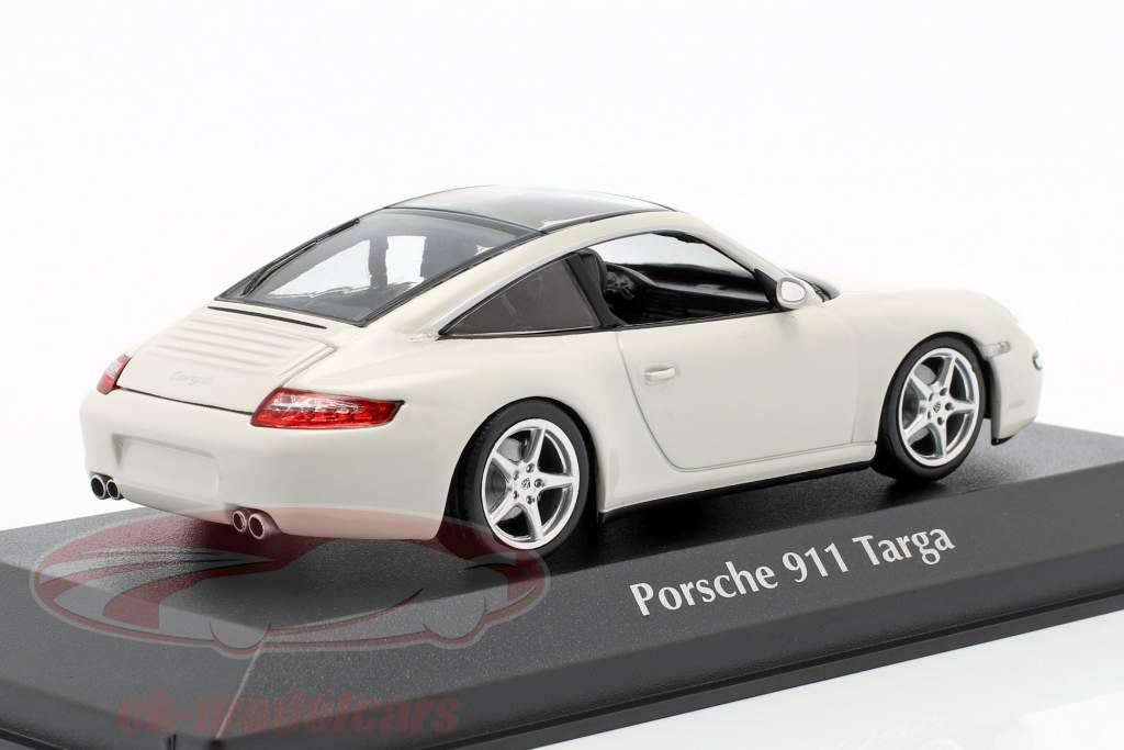Porsche 911 (997) Targa année de construction 2006 blanc 1:43 Minichamps