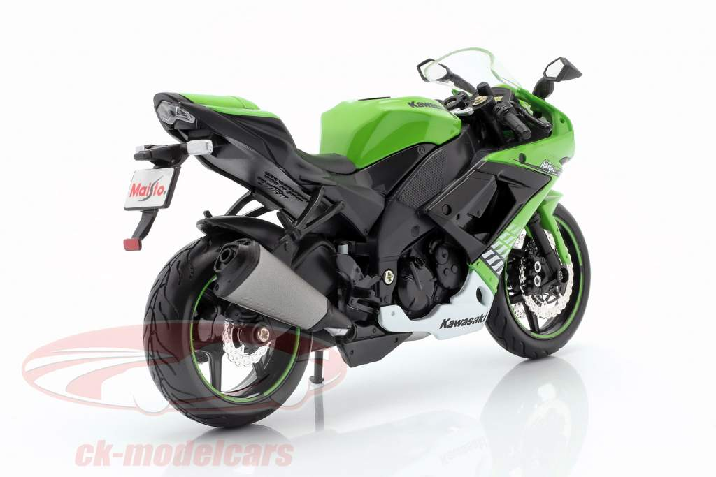 Kawasaki Ninja ZX-10R ano de construção 2010 verde / branco / preto 1:12 Maisto