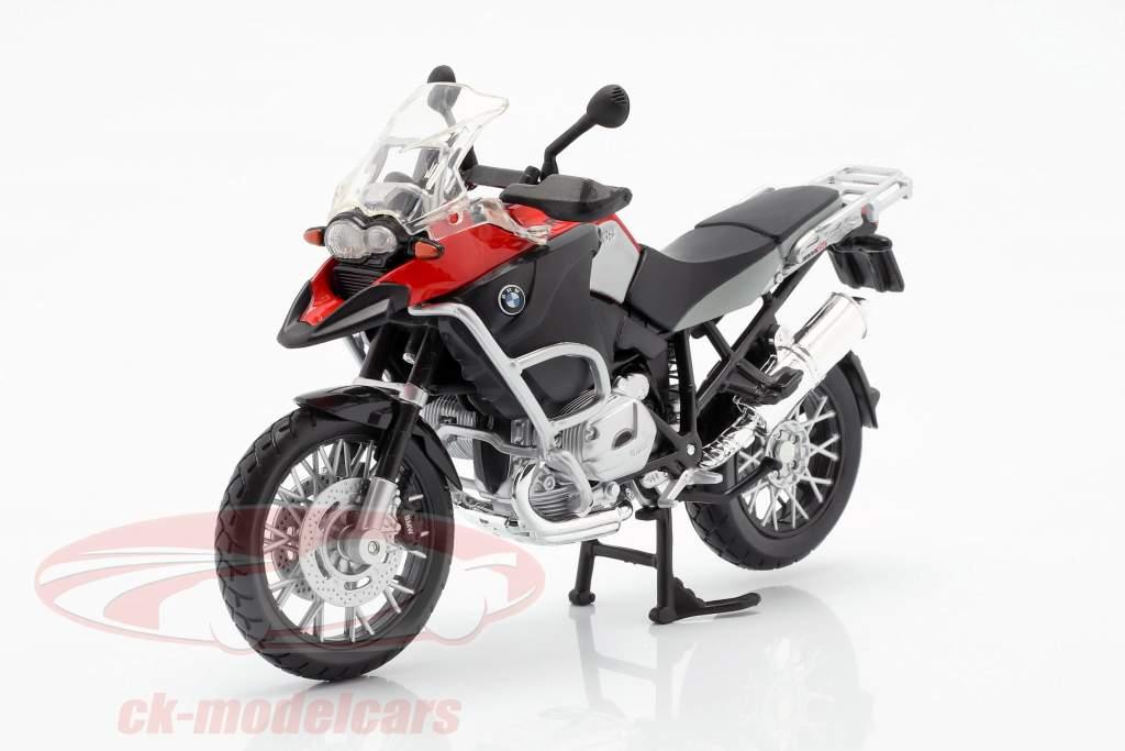 Modello MOTO 1:18 BMW R 1200 GS Nero Rosso Scuro di Maisto