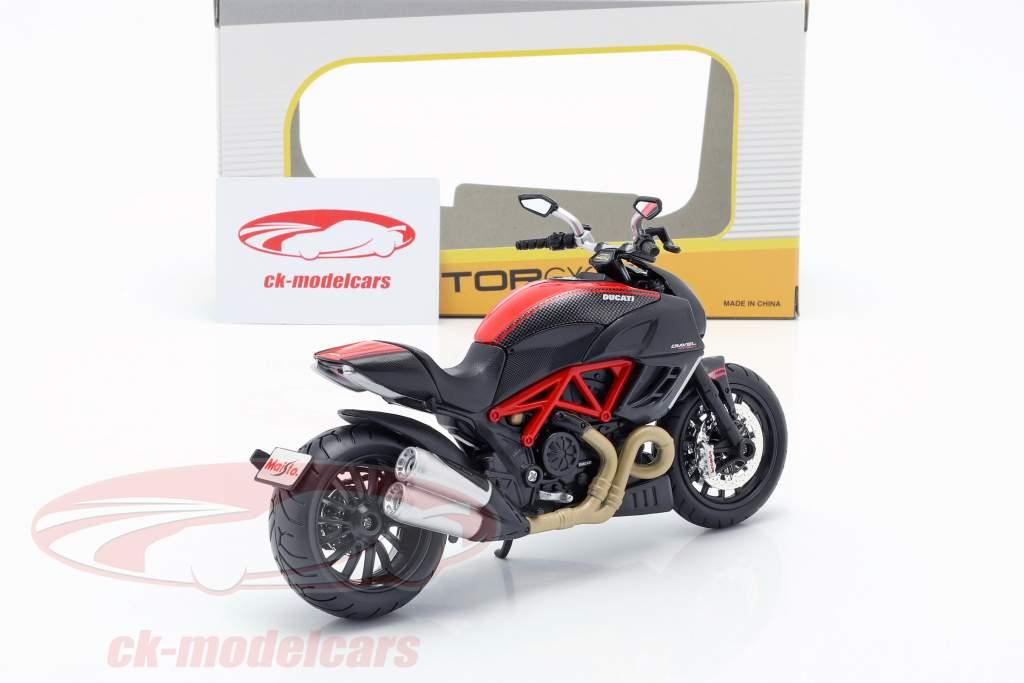 Ducati Diavel Carbon negro / rojo 1:12 Maisto