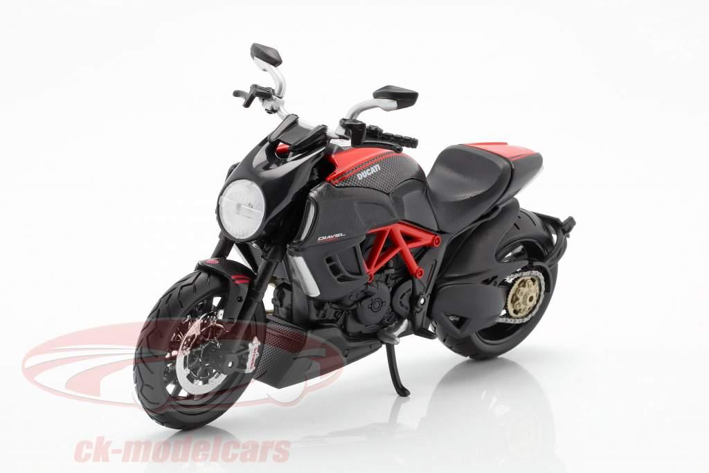 Ducati Diavel Carbon nero / rosso 1:12 Maisto