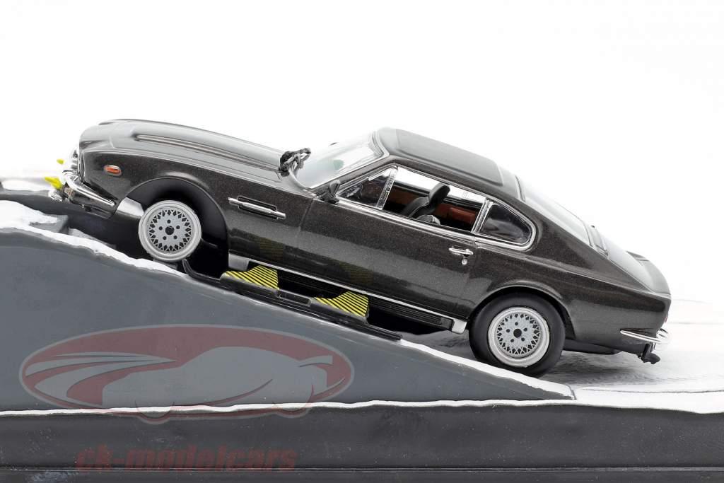 Aston Martin V8 Vantage bil af James Bond filmen The Living Daylights 1:43 Ixo