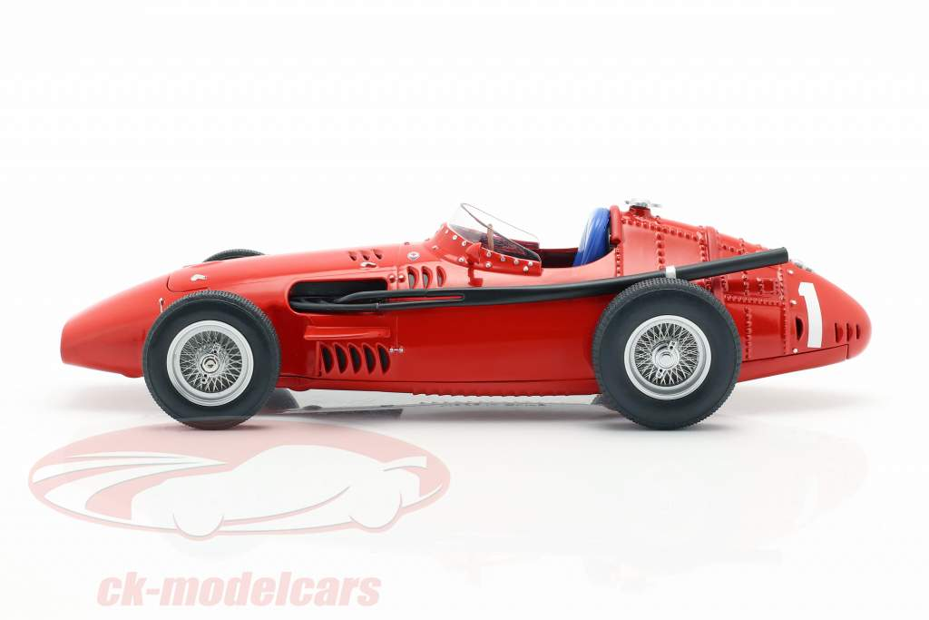 J. M. Fangio Maserati 250F #1 winnaar Duits GP wereldkampioen F1 1957 1:18 CMR