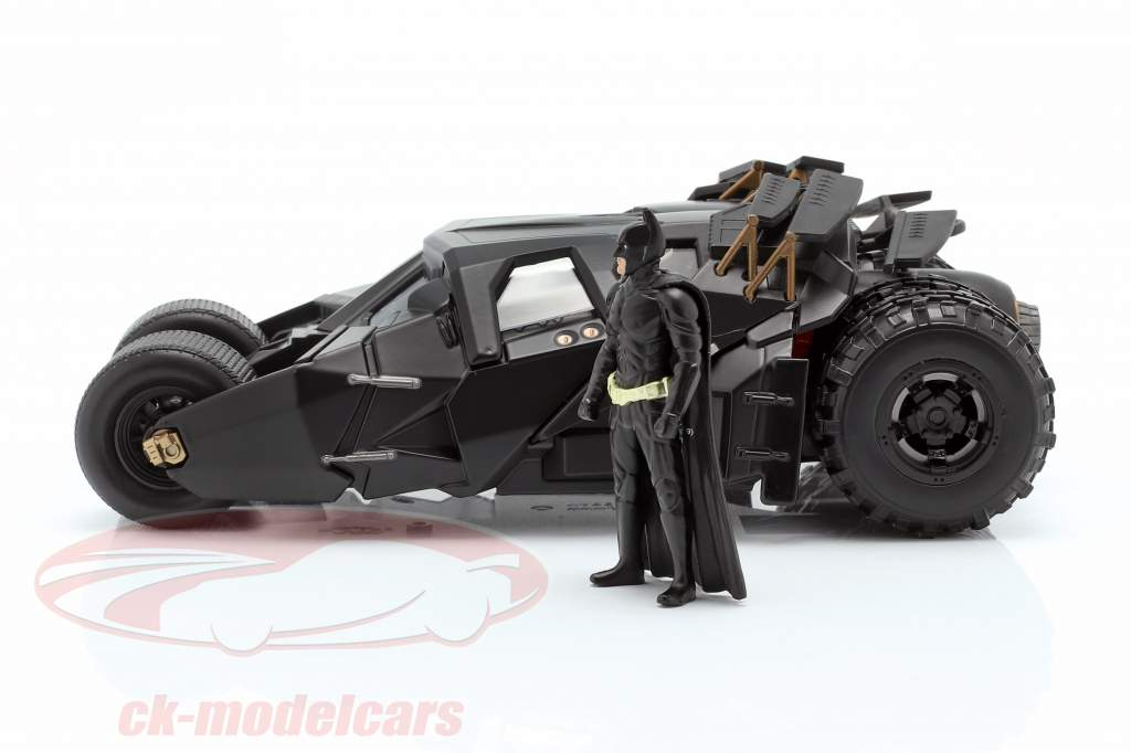 Batmobile con batman cifra film The Dark Knight 2008 1:24 Jada Toys