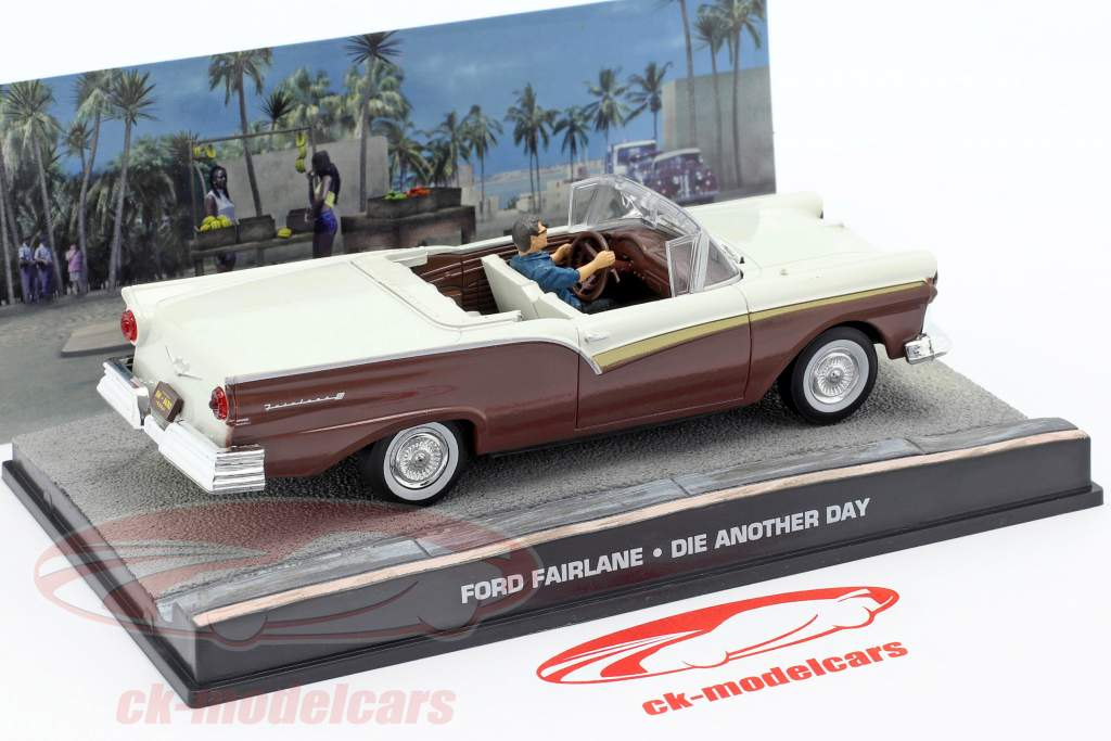 Ford Fairlane Auto James film di James Bond Die Another Day 1:43 Ixo