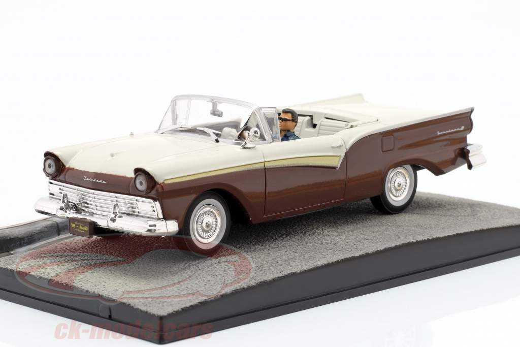 Ford Fairlane Car James Bond film Die Another Day 1:43 Ixo