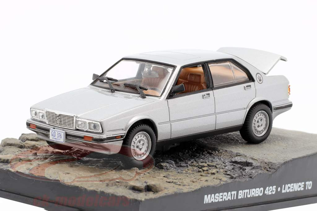 Maserati Biturbo 425 James Bond do filme License to Kill carro prata 1:43 Ixo