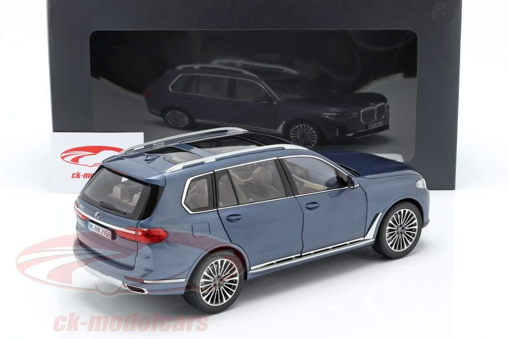BMW X7 (G07) ano de construção 2019 azul metálico 1:18 Norev