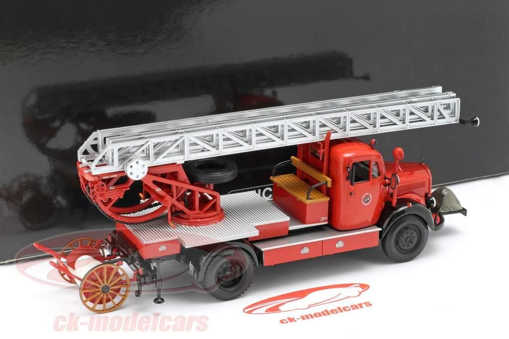 Mercedes-Benz L3500 DL17 fire department Bensheim 1950 1:43 Minichamps