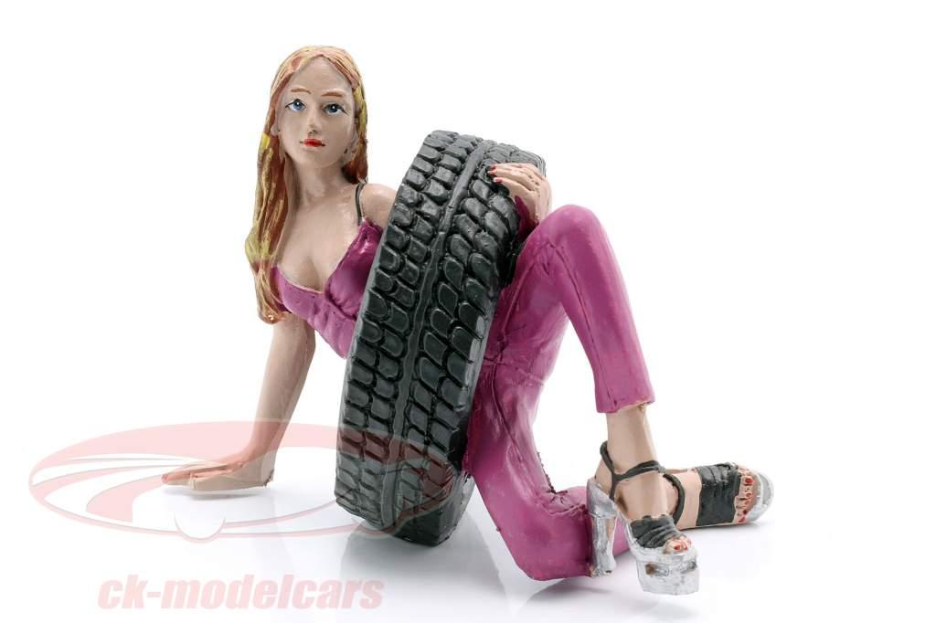 Tire Brigade Figura conjunto #3 Val & Gery 1:18 MotorHeadMiniatures