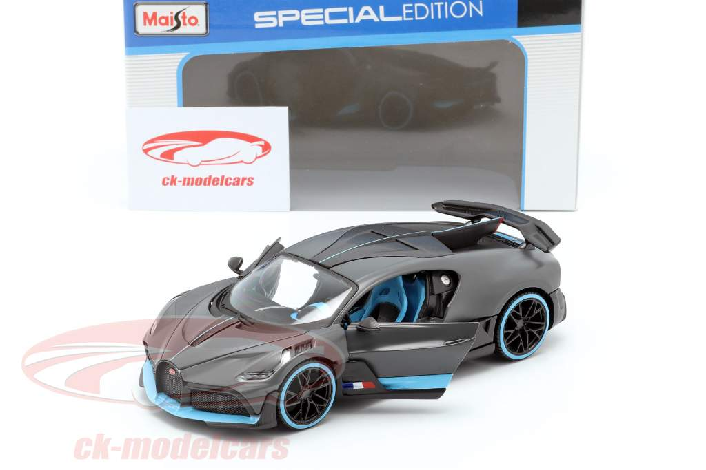 Bugatti Chiron blau-schwarz Maßstab 1:24 von maisto