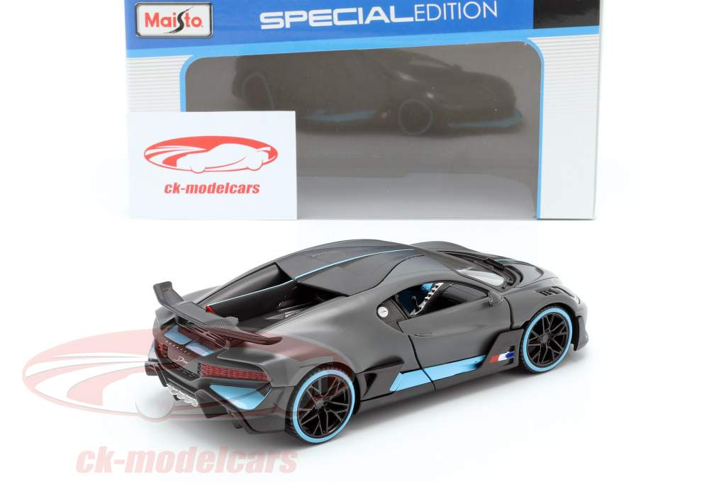 Bugatti Divo year 2018 mat gray / light blue 1:24 Maisto