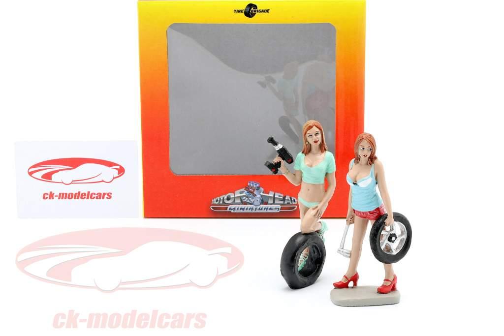 Tire Brigade Figura Set #5 Michele & Meg 1:18 MotorHeadMiniatures