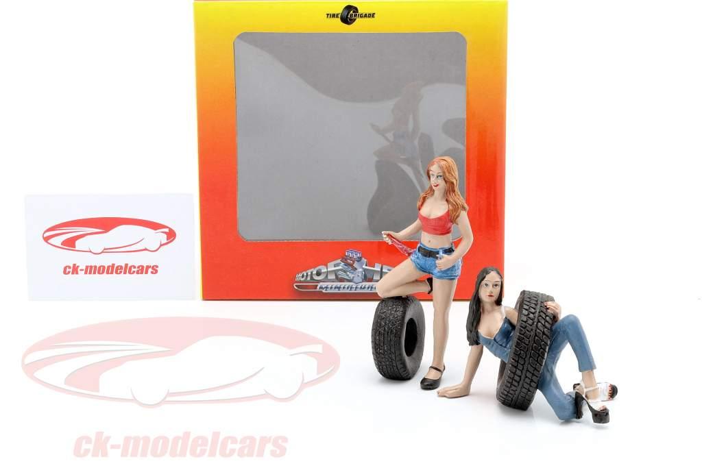 Tire Brigade Figur Set #6 Vel & Andie 1:18 MotorHeadMiniatures