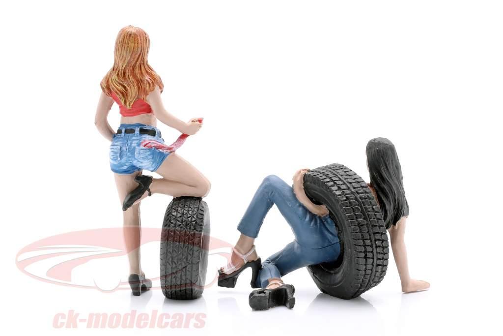 Tire Brigade Figure Set #6 Vel & Andie 1:18 MotorHeadMiniatures